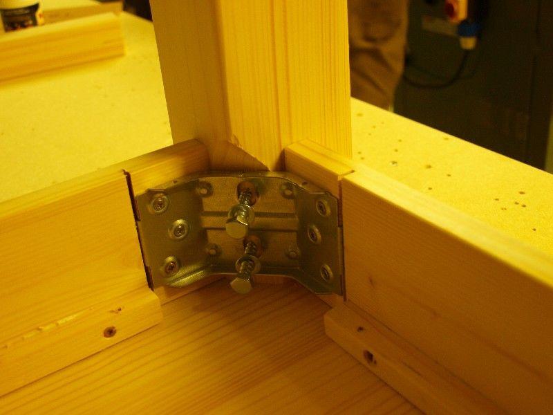 gamba legno toscana : Market del Legno: Tavolo Toscana legno grezzo cm.60x60 in abete 18 mm